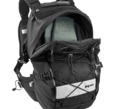 kriega r35 and hydration motorcycle backpack accessory2